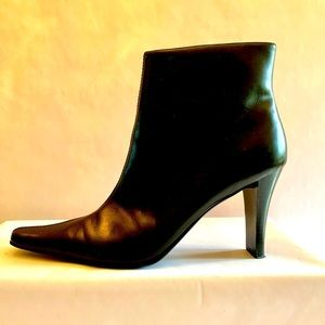 """BLACK CANDIES """"SASSIE"""" SIZE 10 ANKLE BOOT"""